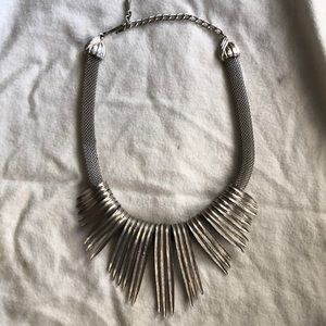 Jewelry - Silver vintage necklace